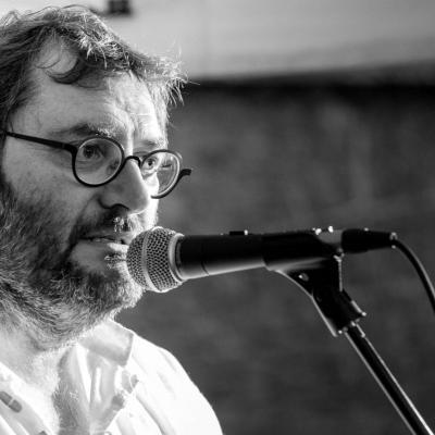 Daniel Rebière - chant, guitare acoustique